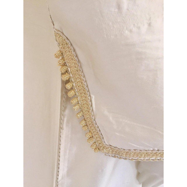 Moroccan Artist Moroccan Elegant Luxury Dupiono Silk Caftan Gown Maxi Dress For Sale - Image 4 of 13