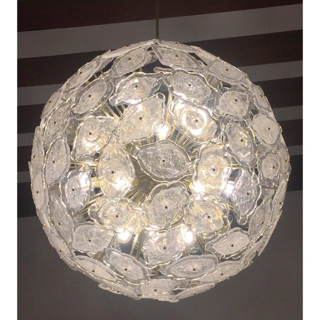 Contemporary Italian Brass & White Frosted Murano Glass Leaf Sputnik Chandelier For Sale In New York - Image 6 of 9