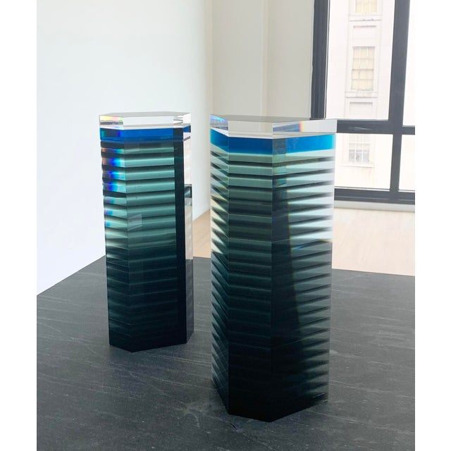 """1980s Patrick Curran Art Glass Sculptures, """"Linear Towers"""" - a Pair For Sale In Washington DC - Image 6 of 7"""