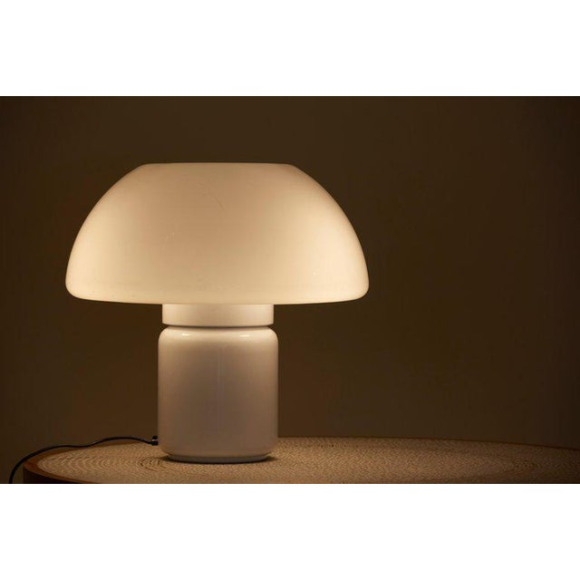 Mid-Century Modern Mushroom Table Lamp Mod. 625 by Elio Martinelli for Martinelli Luce, Italy For Sale - Image 3 of 11