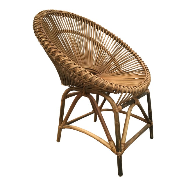 Mid-Century Modern Rattan Circle Chair For Sale