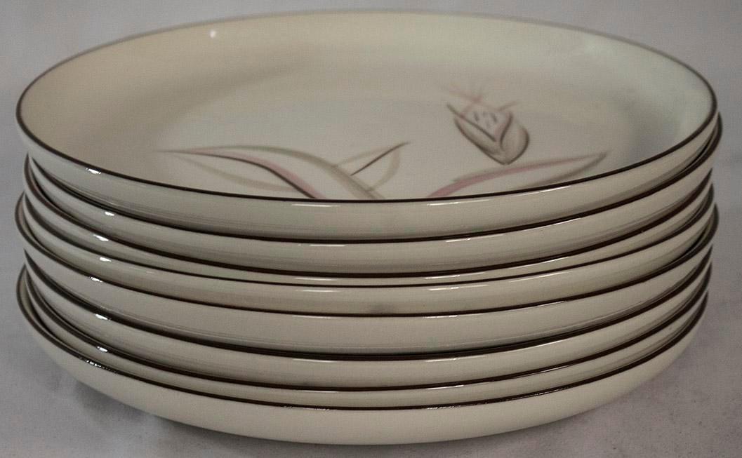 Vintage  Dragon Flower  Winfield Dinner Plates - Set of 8 - Image ...  sc 1 st  Chairish & Vintage