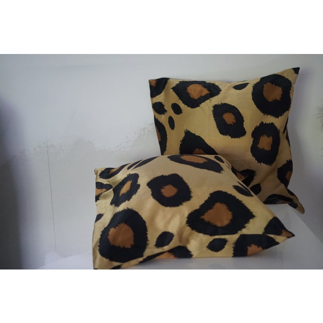 1990s 1990s Silk Leopard Pillow Covers - A Pair For Sale - Image 5 of 7