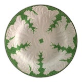Image of 1920s Wedgwood Green Ceramic Patterned Plate For Sale