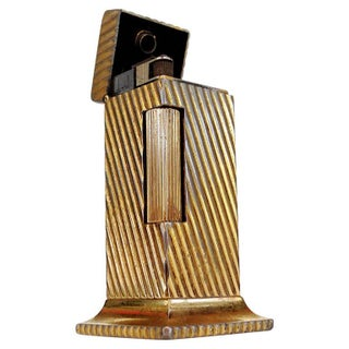 """Dunhill Goldtone """"Rollalite"""" Table Lighter For Sale"""