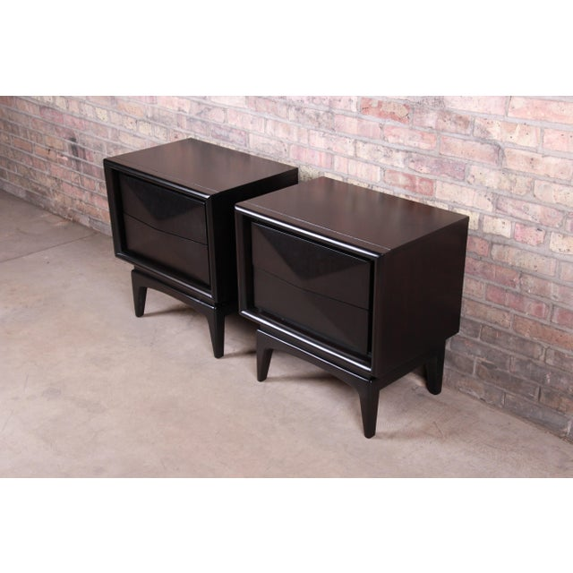 Mid-Century Modern Ebonized Sculpted Walnut Diamond Front Nightstands by United, Newly Refinished For Sale In South Bend - Image 6 of 11