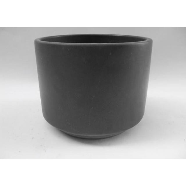 Classic mid-century black with matte finish ceramic small Gainey planter with drain hole. Stamped Gainey Ceramic La Verne...