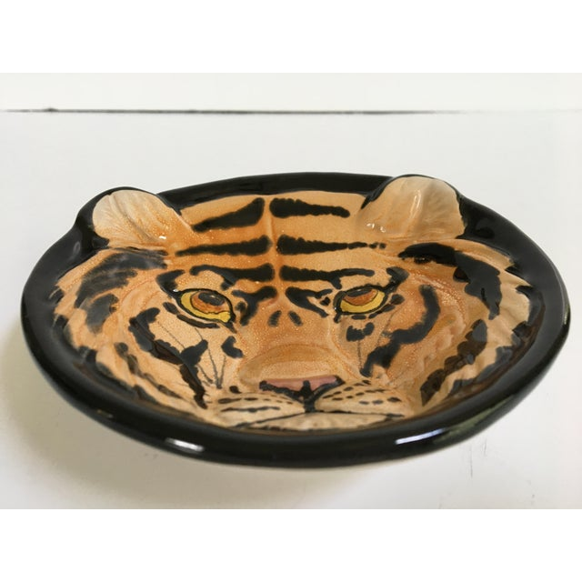 Hollywood Regency Vintage Mid-Century Italian Pottery Tiger Bowl For Sale - Image 3 of 9