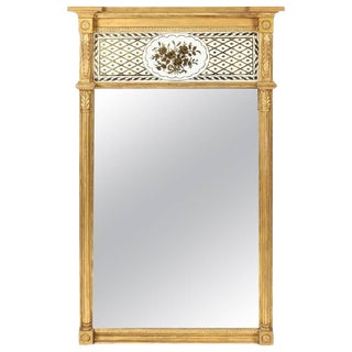 Very Fine Giltwood Federal Mirror with Églomisé Panel For Sale