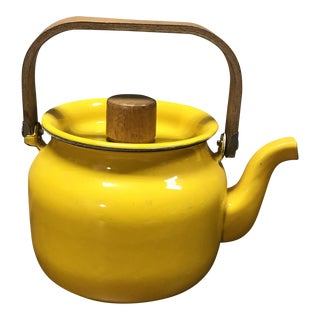 1960s Vintage Yellow Enamel Teapot For Sale