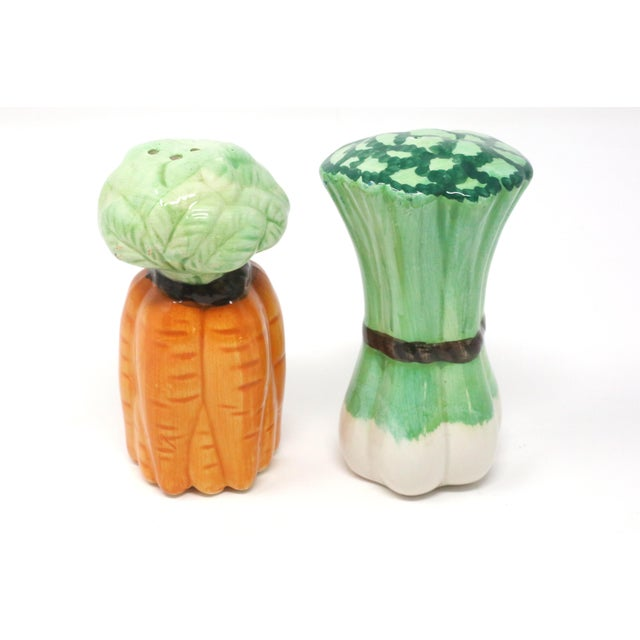 1980s Vintage Ceramic Carrots and Leeks Salt & Pepper Shakers - Set of 2 For Sale - Image 5 of 9