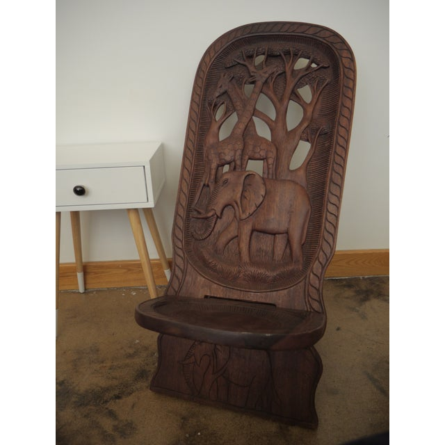 20th Century African Mahogany Bantu Carved Tribal Chief Chairs - a Pair For Sale - Image 4 of 10
