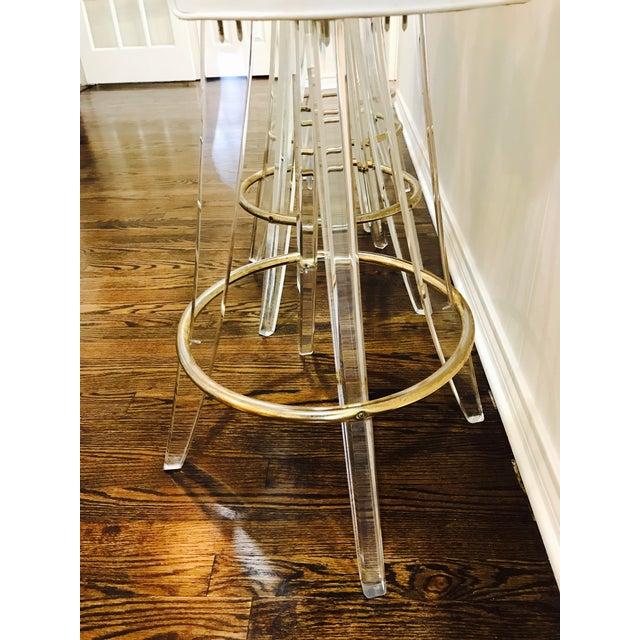Vintage Lucite Acrylic Fan Back Bar Stools - Set of 4 For Sale - Image 5 of 9