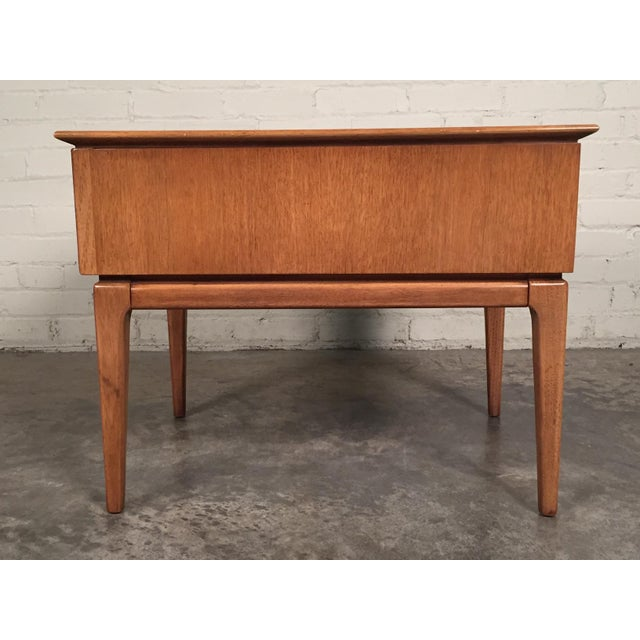 Mid Century Modern Side Table By Furniture Company For In Saint Louis