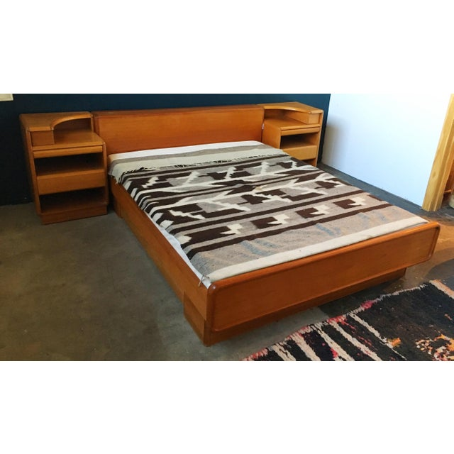 Mid-Century Brouer Platform Bed & Nightstands - Image 5 of 9