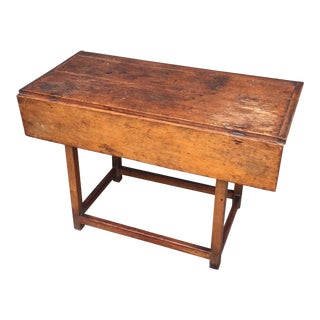 Early 19th Century Stretcher Base Tap Table With Single Drop Leaf For Sale