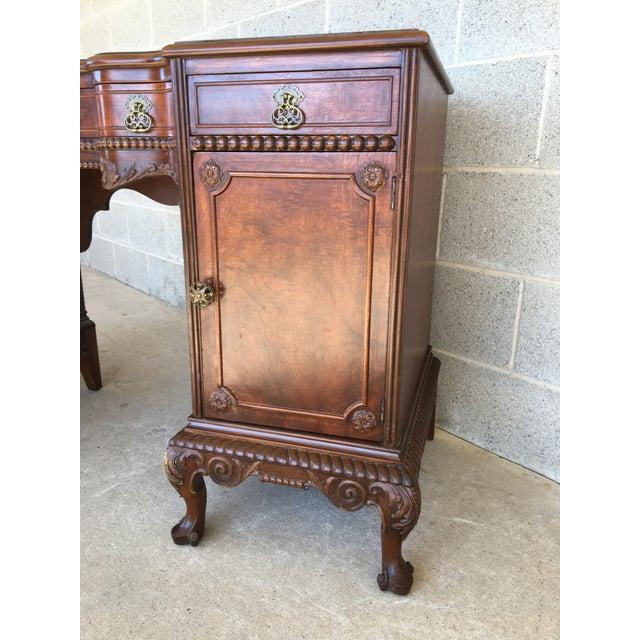 John Stuart Louie XV Style Solid Walnut Vanity For Sale In Philadelphia - Image 6 of 13