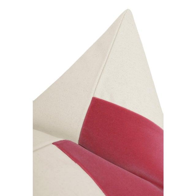 "22"" Rosé Pink Velvet Panel & Linen Pillows - a Pair For Sale - Image 4 of 5"