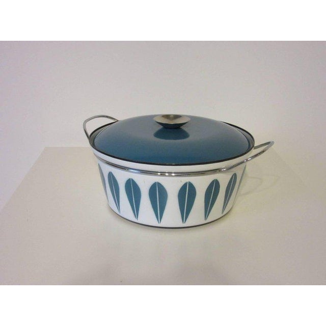 1950s Cathrineholm Large Enamel Serving Bowl with Lid and Handles For Sale - Image 5 of 6