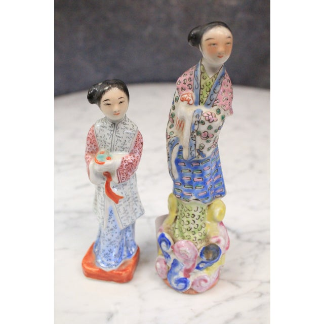 Chinese Porcelain Figurines - a Pair For Sale - Image 4 of 4