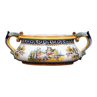 Henriot Quimper Early 20th Century French Hand-Painted Faience Jardinière For Sale