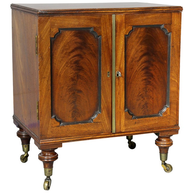 George III Mahogany Collectors Cabinet For Sale - Image 10 of 10