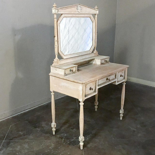 French 19th Century French Louis XVI Painted Vanity For Sale - Image 3 of 13