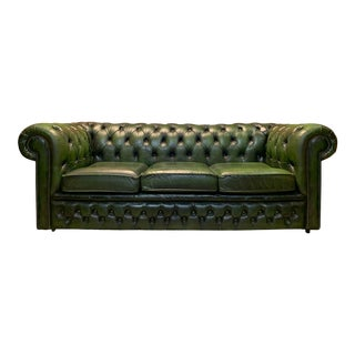 Mid-Century English Emerald Green Chesterfield Sofa For Sale
