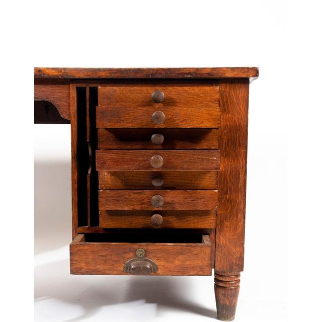 1920s Early American Quartersawn Oak Draftsman's Desk For Sale - Image 4 of 5
