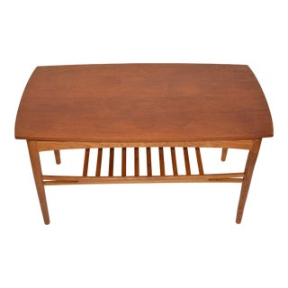 1960s Danish Modern Expandable Teak and Oak Coffee Table