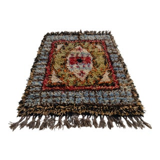 Turkish Hand-Knotted Shaggy Area Rug Tulu Rug - 4′7″ × 6′5″ For Sale