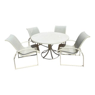 Mid Century Modern Woodard Margarita Patio Dining Set Table 4 Curved Chairs - Set of 5 For Sale