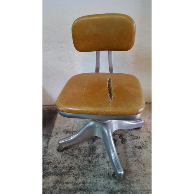 Shaw-Walker Chair - Image 2 of 6