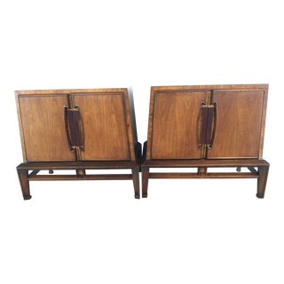 Helen Hobey for Baker Furniture Mid-Century Modern Walnut & Burlwood Nightstands - a Pair For Sale