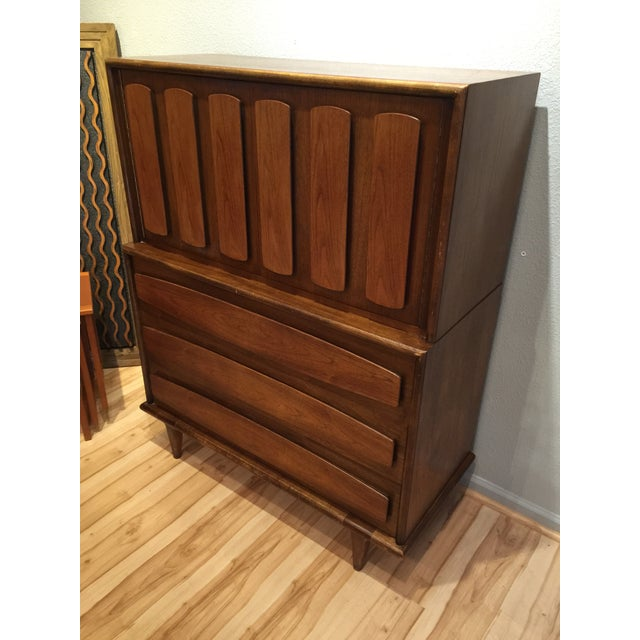 American of Martinsville Mid-Century Dresser Chest - Image 2 of 8