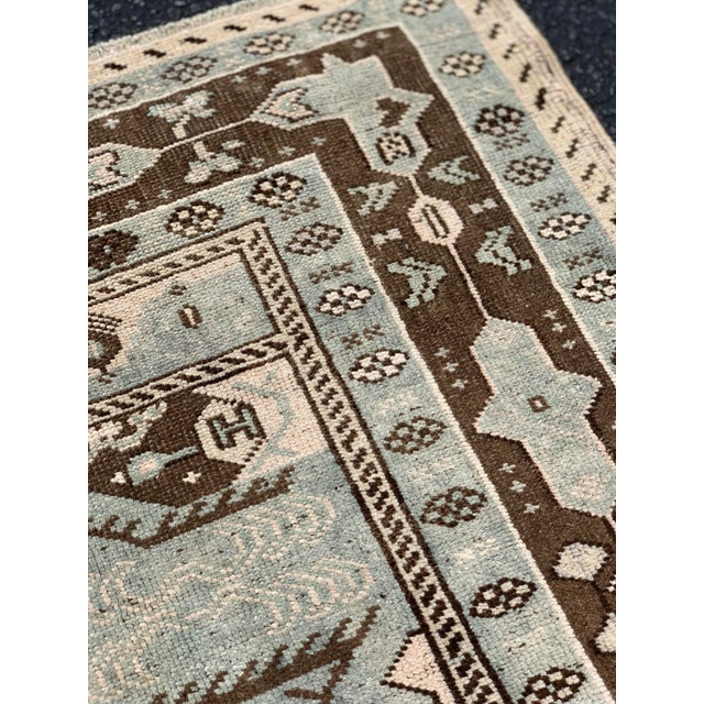 "1950's Vintage Turkish Oushak Wool Rug - 4'8"" x 8'1"" For Sale - Image 9 of 13"