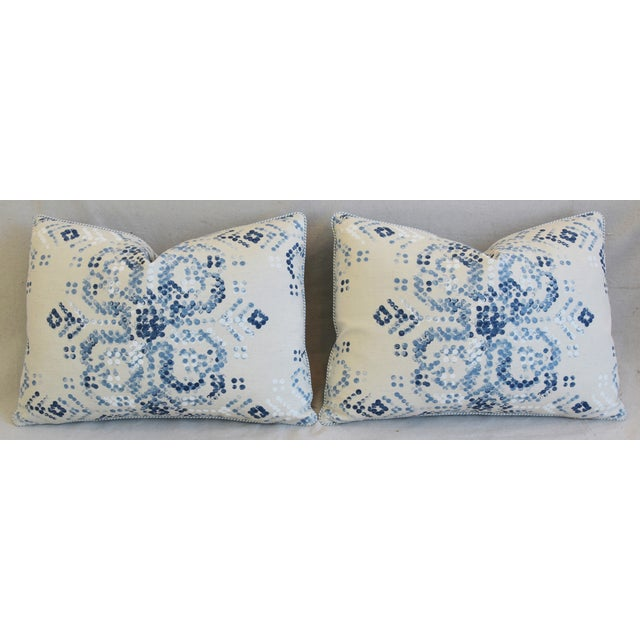 "Designer Villa Nova Marit Blue & White Linen Feather/Down Pillows 22"" X 16"" - Pair For Sale In Los Angeles - Image 6 of 13"