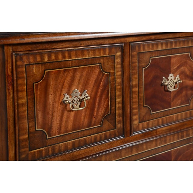 English Chest of Drawers English Flame Mahogany Banded For Sale - Image 3 of 7