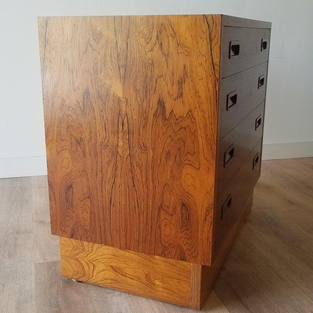 Wood 1960s Poul Hundevad Rosewood Four Drawer Dresser For Sale - Image 7 of 13