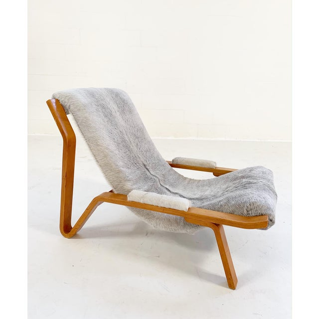 1940s Harvey Probber Suspension Chair Restored in Brazilian Cowhide For Sale - Image 5 of 12