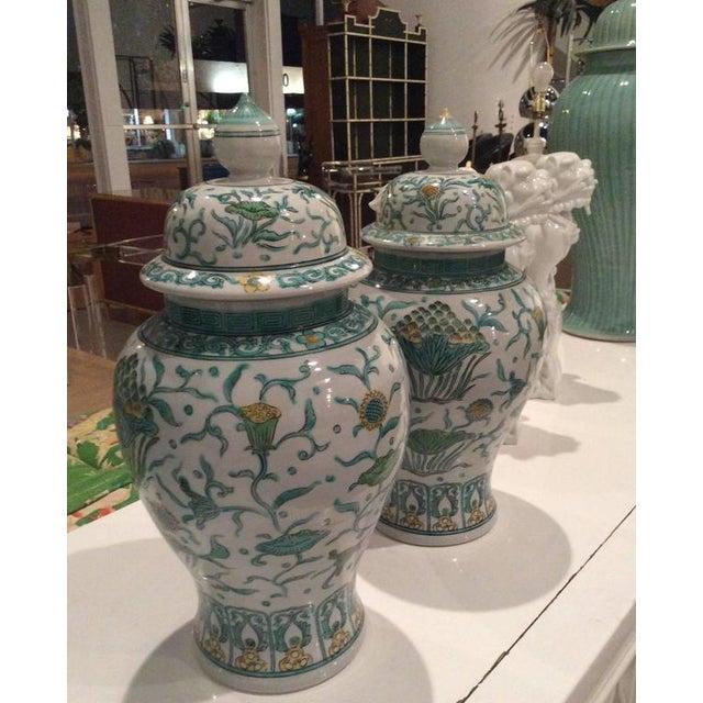 Vintage Green Asian Oriental Greek Key Hollywood Regency Ginger Jars - a Pair For Sale In West Palm - Image 6 of 11
