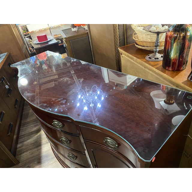 """Traditional Mahogany """"Drexel Heritage Credenza For Sale - Image 3 of 9"""