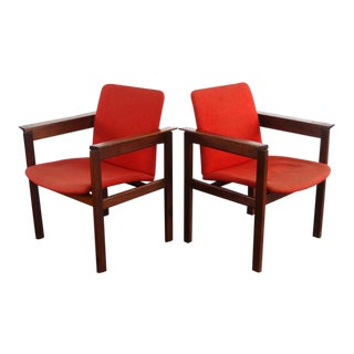 Jens Risom Accrnt Chairs in Red Upholstery on a Refinished Walnut Frame, USA For Sale
