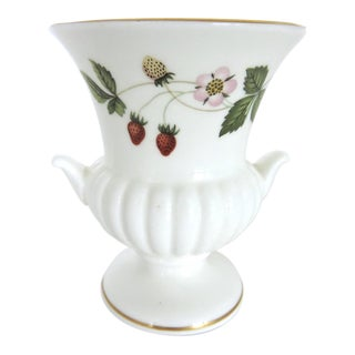 Wedgwood Wild Strawberry Bud Vase For Sale