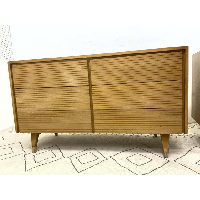 Six-Drawer Mid-Century Modern Commodes, Chests or Dresser - a Pair For Sale - Image 12 of 13