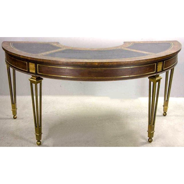 1970s modern horseshoe desk by Mastercraft in very good condition. It had a black leather top and solid brass hairpin legs...