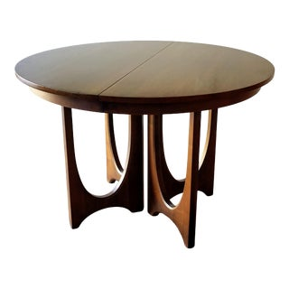 1960s Broyhill Brasilia Round Dining Table For Sale