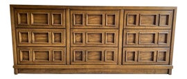 Image of Drexel Heritage Dressers and Chests of Drawers
