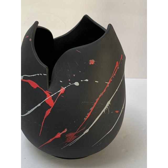 Abstract Pomo Snars 1990 Ceramic Vase Postmodern Vessel Centerpiece For Sale - Image 3 of 8