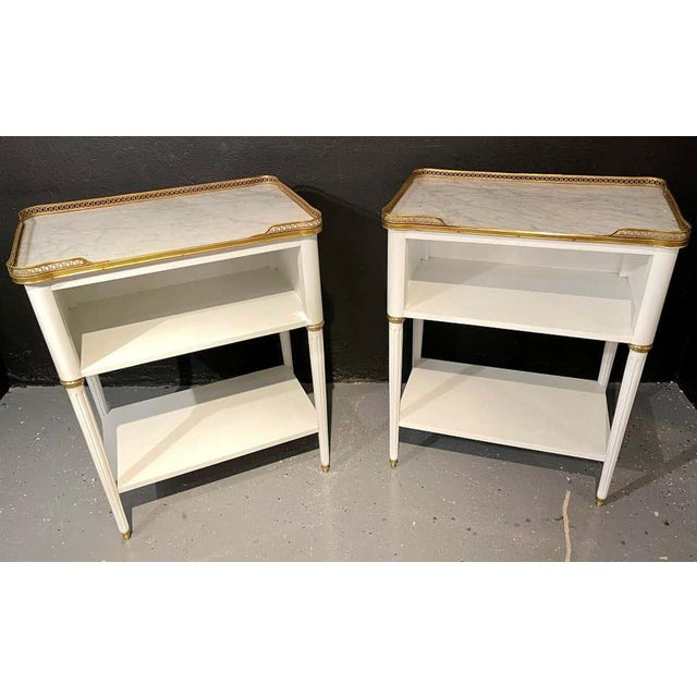 Neoclassical Pair of Swedish Neoclassical Open Nightstands or End Tables Manner Jansen For Sale - Image 3 of 11